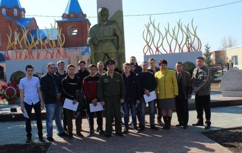 Будь здоров и законопослушен! Полицейские Чесменского района присоединились к всероссийской акции «Призывник»