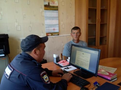 Участковые на связи. Полицейские отчитались перед подопечными из посёлков Березинский и Черноборский