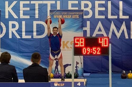 Самый сильный. Уроженец Чесменского района Никита Бондаренко стал в Ирландии мастером спорта международного класса