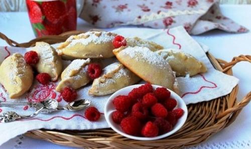 Завтра, 16 августа, – Исаакий Малинник. В Чесме собирают малину и пекут с этой ягодой пирожки