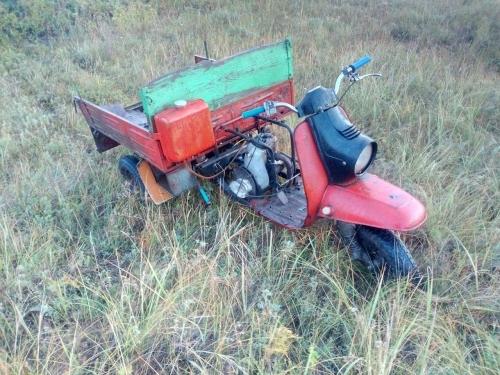 Разбился на «Муравье». На территории Чесменского района пьяный водитель мотороллера отправил на тот свет пассажира