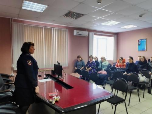 «Я б в полицию пошёл…» Секреты профессии чесменским старшеклассникам приоткрыли на Дне открытых дверей