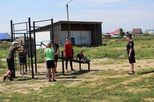 Каникулы под присмотром. Полицейские Чесмы всё лето проводили профилактику в пришкольных лагерях